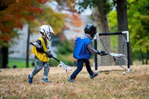 kids playing lacrosse